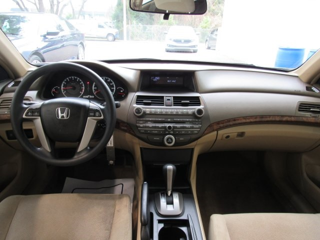 Pre-Owned 2009 Honda Accord EX