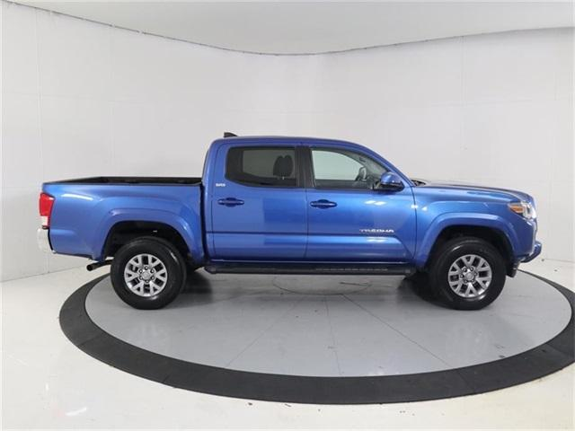 Pre-Owned 2017 Toyota Tacoma SR5 Double Cab 5' Bed V6 4x2 AT